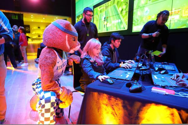 The UK Wildcat mascot observed participants in the UK and Gen.G event in New York as they tried out some of the latest games and gaming hardware from Samsung. Photo by Vinny Dusovic.
